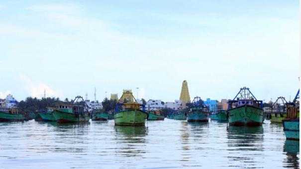rameswaram-fishermen-go-to-fishing-on-june-15-itself