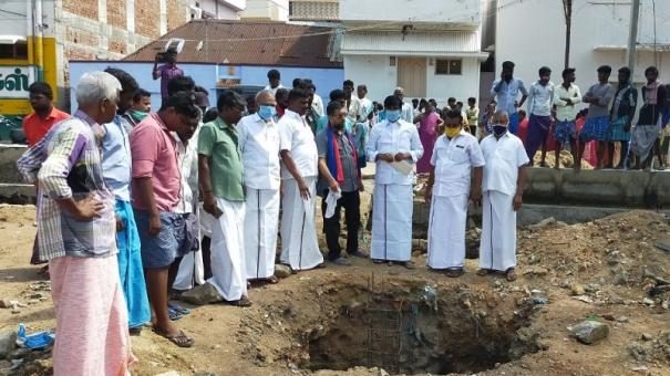 ex-minister-opposes-setting-up-of-garbage-collection-point-in-residential-area-in-sankarankovil