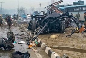 vehicle-borne-ied-blast-averted-in-pulwama-police
