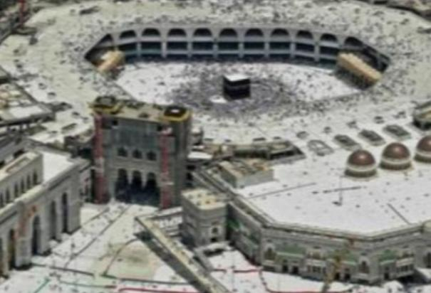 saudi-arabia-sanitizes-over-90-000-mosques-for-reopening-on-sunday