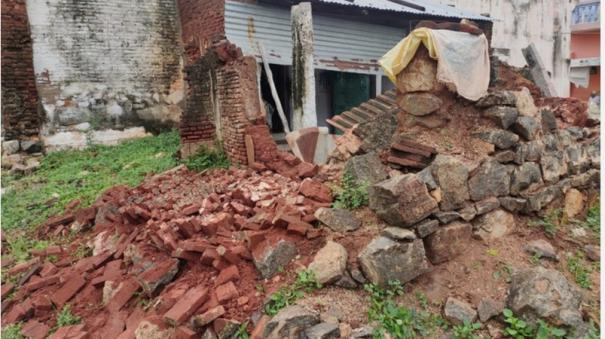 old-woman-dies-as-wall-collapse