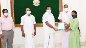 cm-palanisamy-gives-2-lakhs-for-student-abhinaya