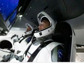 history-in-the-making-spacex-propels-two-nasa-astronauts-into-orbit