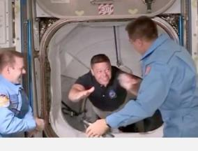 history-in-making-2-nasa-astronauts-enter-iss-after-19-hour-journey
