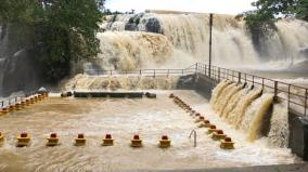 kanyakumari-thirparappu-falls-in-full-brim-due-to-heavy-rains