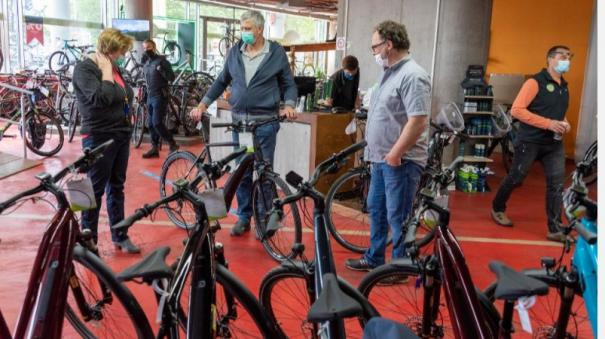 europeans-goes-for-cycles