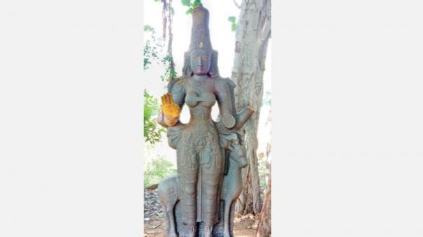 kotravai-statue