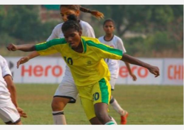 indian-junior-women-football-players-in-starvation