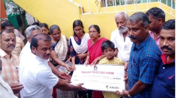 madurai-bereaved-family-helped-by-police