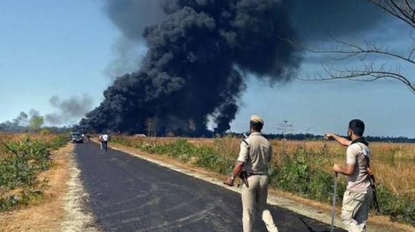 assam-2-firefighters-killed-in-oil-well-fire
