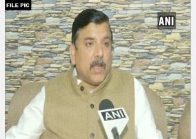 centre-should-answer-why-it-is-not-declaring-covid-19-community-spread-in-delhi-sanjay-singh