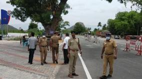 checking-tightened-at-madurai-theni-district-border