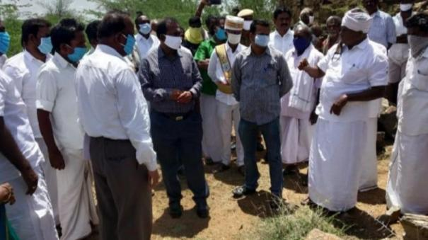 thirupathur-people-refuse-to-accept-collector-s-speech