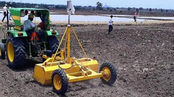 construction-equipment-vehicles-tractors-and-harvesters