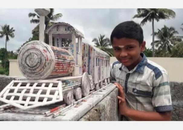 kerala-s-12-year-old-boy-s-effort-of-mini-paper-train-caught-the-attention-of-railway-ministry