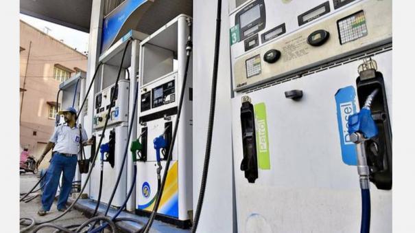 petrol-price-crosses-80-mark-in-delhi-diesel-at-new-high