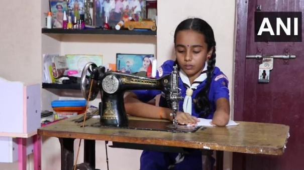karnataka-girl-born-with-one-hand-stitches-masks-for-students-appearing-in-exams