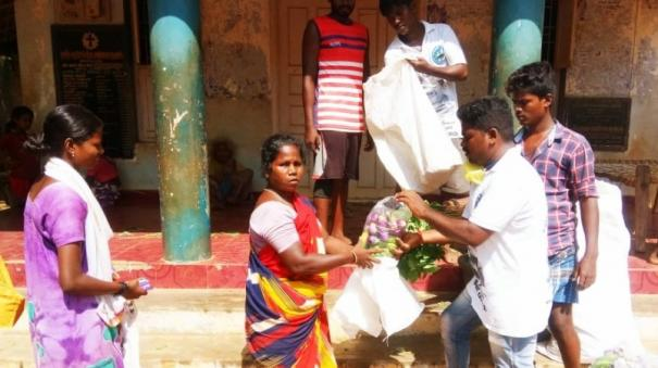 volunteers-helps-farmers