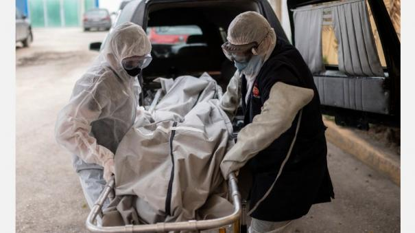 u-s-tops-2-5-million-coronavirus-cases-johns-hopkins-university