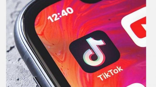 govt-bans-59-apps-including-china-based-tiktok-wechat