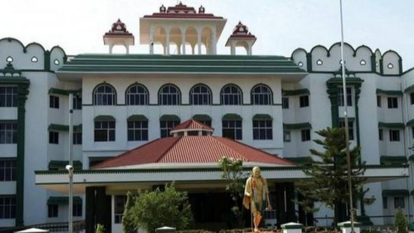 madurai-hc-asks-cbcid-to-inquire-into-sathankulam-case-temporarily