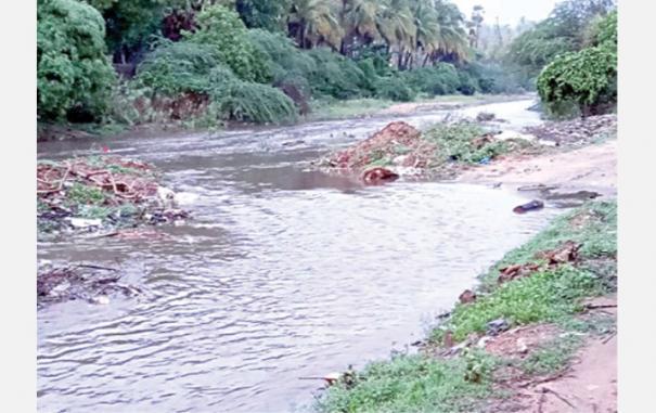 heavy-rain-in-tn-andhra-border