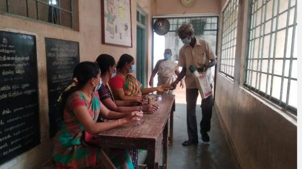 teachers-are-put-in-other-jobs-in-pudhucherry-amid-corona