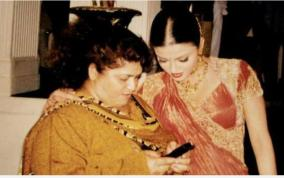 aishwarya-rai-bachchan-mourns-dance-guru-saroj-khan-demise