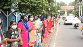 kanyakumari-women-protest-against-setting-up-of-quarantine-camp-in-residential-area