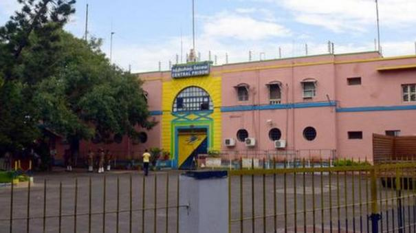 pollachi-prisoners-shifted-to-cbe-prison
