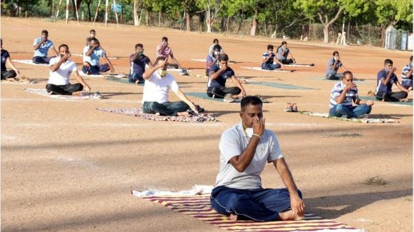 tutucorin-police-given-yoga-stress-management-training