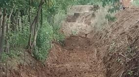 farmers-stopped-desilting-work