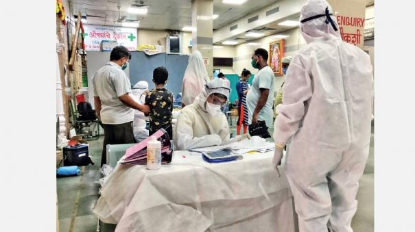 india-s-covid19-case-tally-crosses-8-lakh-mark-with-519-deaths-and-highest-single-day-spike-of-27-114-new-cases-in-the-last-24-hours