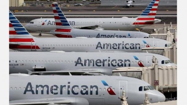 american-airlines-warns-25-000-workers-they-could-lose-jobs