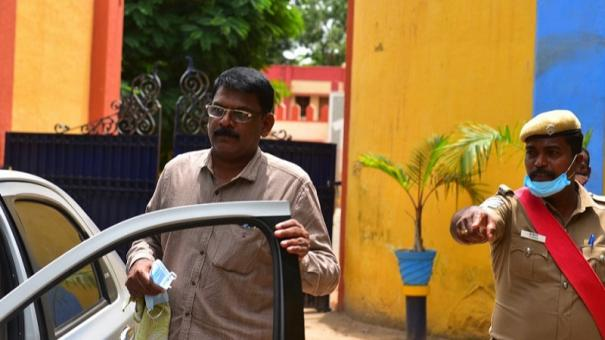 sathankulam-case-state-human-rights-commission-inquires-10-cops-lodged-in-madurai-central-jail