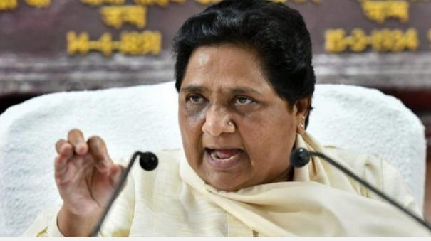 rajasthan-governor-should-recommend-president-s-rule-mayawati