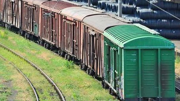 indian-railways-to-rfid-tag-all-wagons