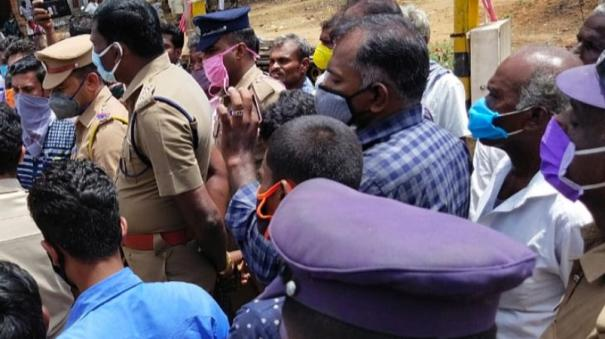 tenkasi-relatives-refuse-to-get-the-body-of-farmer-who-they-claim-as-died-in-custody