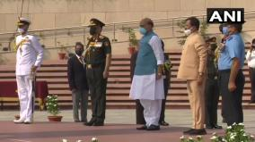 21-years-since-india-s-kargil-war-victory-defence-minister-pays-tributes-at-national-war-memorial