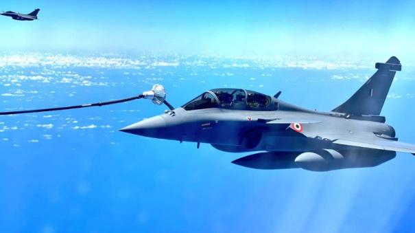 on-way-to-india-5-rafales-re-fuelled-mid-air-by-french-tanker