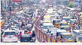 people-gather-at-shops-in-chennai-and-kanchi