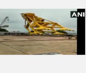 nine-killed-in-cane-accident-in-hindustan-shipyard-visakhapatnam
