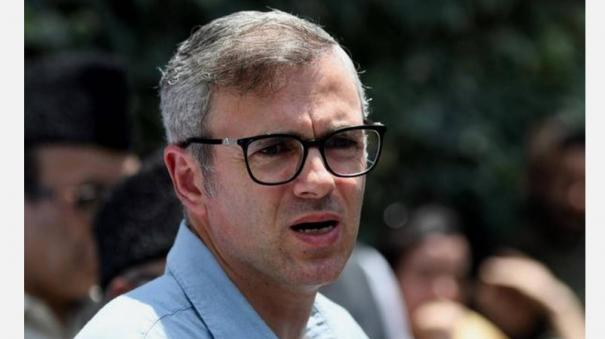 while-people-boycott-chinese-products-ipl-to-retain-chinese-sponsors-omar-abdullah