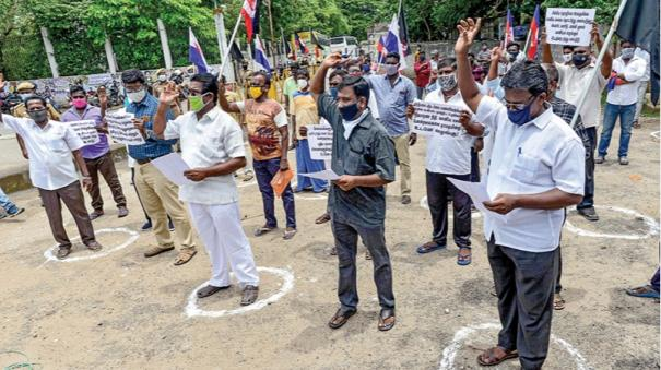 fishermen-protest