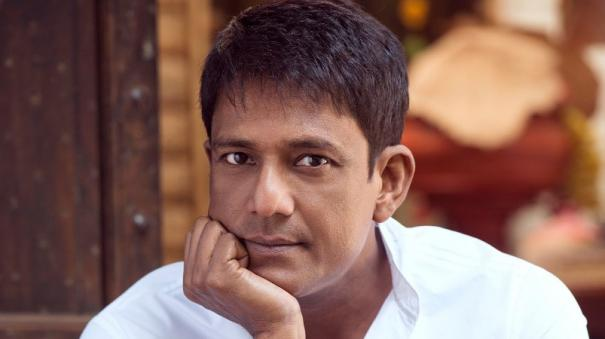 adil-hussain-its-a-shame-that-many-indians-had-to-go-abroad-for-acknowledgment