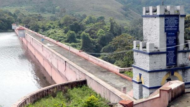 hevay-rain-lashes-kerala-mullai-periyar-dam-level-raises-by-7-ft-in-one-day