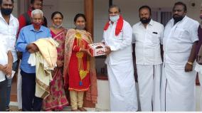 stalin-congratulates-mallika-on-her-victory-in-the-civil-election