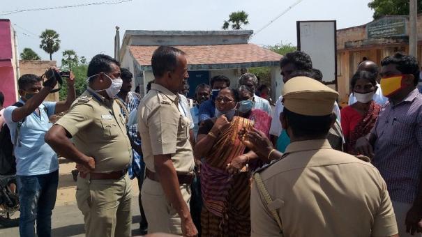 village-people-oppose-laying-ht-electric-poles-vembar-periyasamypuram