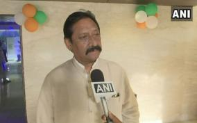 former-indian-cricketer-and-up-minister-chetan-chauhan-passes-away-at-a-hospital-in-gurugram