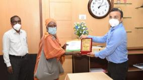 man-donates-rs-10-000-for-9th-time-collector-honours-him-with-the-independence-day-award